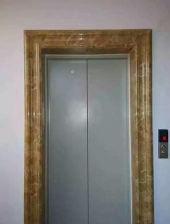 电梯大门套安装